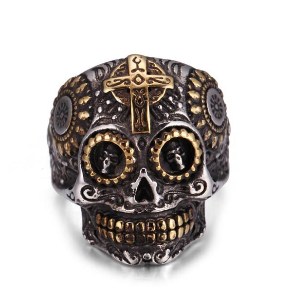 Explosão, cruz, anéis de homem, punk, anéis de caveira, personalidades masculinas dominadoras, boates, anéis retrô na Europa e na América