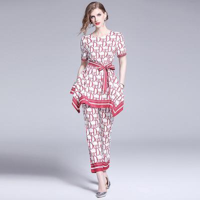 Due pezzi di pantaloni eleganti da donna di moda, bei set da 2 pezzi stampati di Lady Runway Style, T-shirt di bellezza e set di pantaloni lunghi 9/10