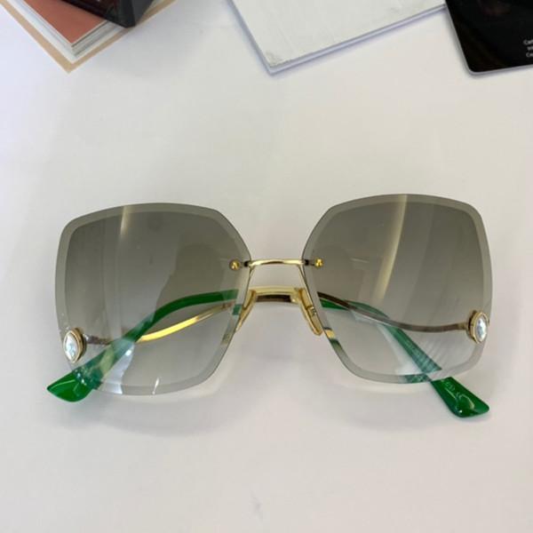 Wholesale-2019 neue Ankunfts-Luxuxdesigner-Damen-Sonnenbrille-im Freien beiläufige Sport-Flieger-Weinlese-Verfassungs-dekorative ehrfürchtige Gläser der Frauen