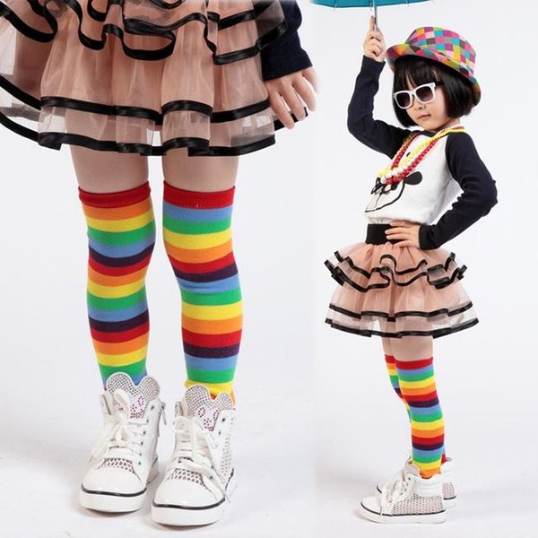 Listras do arco-íris aquecedores de perna para bebê e criança bebê colorido leggings meias de joelho Listras aquecedor de perna de bebê
