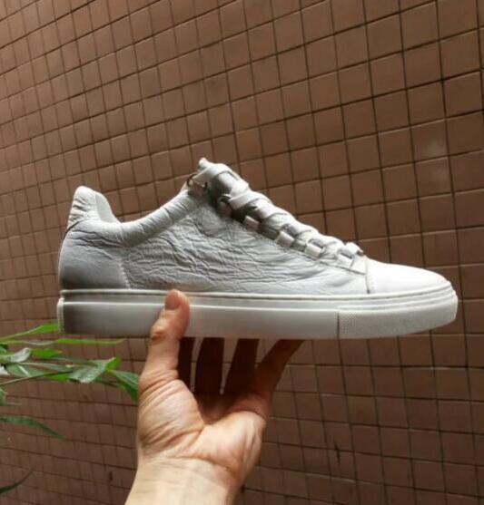 New Designer Name Brand Man Casual Shoes Flat Kanye West Fashion Wrinkled Leather Lace-up Low Cut Trainers Runaway Arena ShoesS 9099971