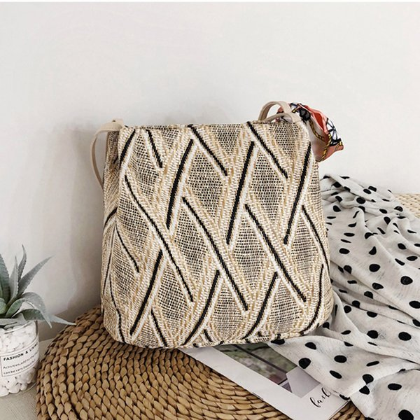 women shoulder bag 2019 luxury handbags women bags fashion ladies scarves woven wild beach national wind shoulder bag handbag