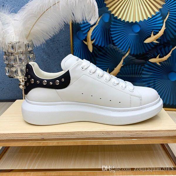 kadın ve erkek çiftler için yüksek kaliteli rahat ayakkabı 2019 yeni beyaz ayakkabılar orijinal ipek deri çift kauçuk taban Altın perçin ışıltılı