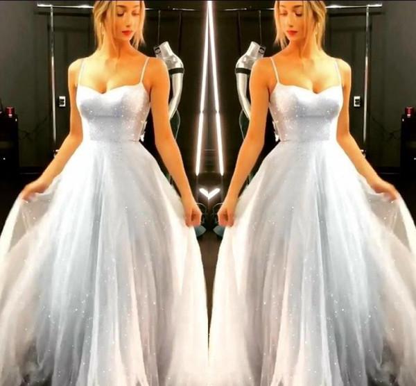 Vestidos Refletivos Gliter Prata Lantejoulas Vestidos Formais 2019 A Linha de Cintas de Espaguete Doce 15 Quinceanera Prom Party Vestidos BC1020