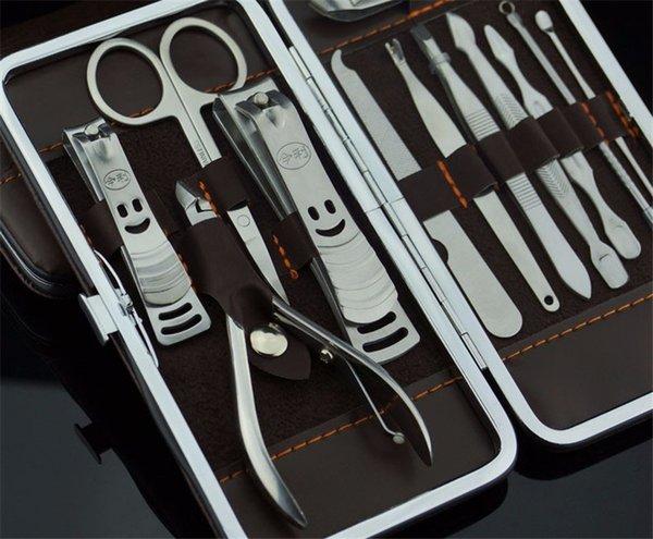 Herramienta de la manicura 12pcs Juego de herramientas para decoración de uñas para uso doméstico 12pcs Cortaúñas polivalentes exquisitos protable tijeras de uñas A07