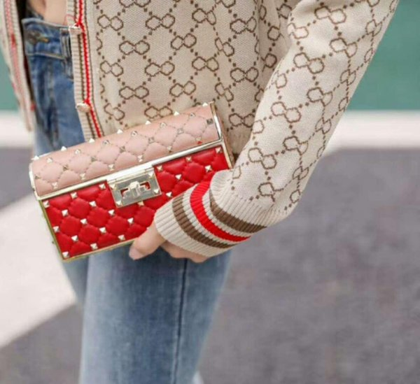 brand new genuine sheep skin leather high fashion show handbag diamond lattice metallic full starts stud evening mini cluth chain bag OL18cm