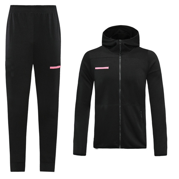 schwarz mit Kapuze Trainingsanzug