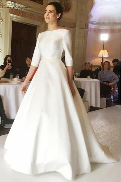 Abiti da sposa in raso 2019 Semplice A-Line 3/4 maniche lunghe Button Back Sweep treno Avorio Abiti da sposa Plus Size Vestido De Noiva