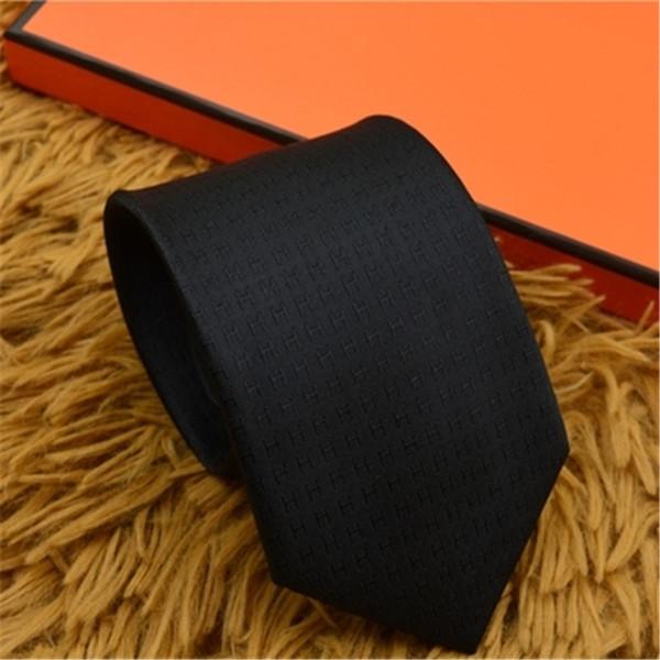 Последний классический шелковый алфавит галстук мужская рубашка галстук мода шелковый галстук упаковочная коробка может быть Оптовая 0035