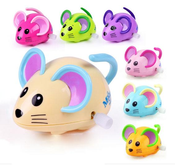 Christmas Cracker Toys.2019 New Cute Children S Clockwork Fun On The Chain Small Toy Puzzle Cartoon Animal Small Mouse Toy Mixed Color Wholesale Wind Up Doll Key Christmas