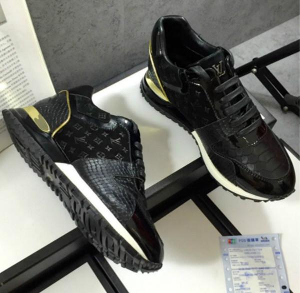 Le scarpe casuali di aiuto degli uomini alti stazione europea nuove scarpe fatte a mano 35-45 di cuoio vendite dirette superiori della fabbrica trasporto libero