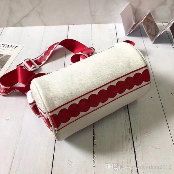 2018 Women's luxury shoulder bag, women's cylinder bag, women's fashion designer crossover bag, hot style hot size:23cm
