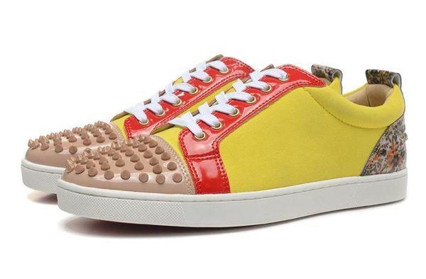 2019 Designer de Tênis Baixo Cut sapatos casuais Spikes Apartamentos Sapatos Para Homens e Mulheres Sapatilhas De Couro Sapatos de festa de luxo