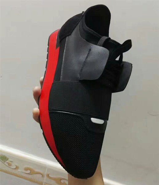 BLACK/RED SOLE
