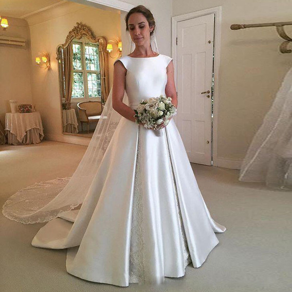 Graceful Satin A Line Backless Wedding Gown Jewel Neck Bow Tie Belt Chapel Wedding Dress Ruched Skirt Appliques Bridal Gowns