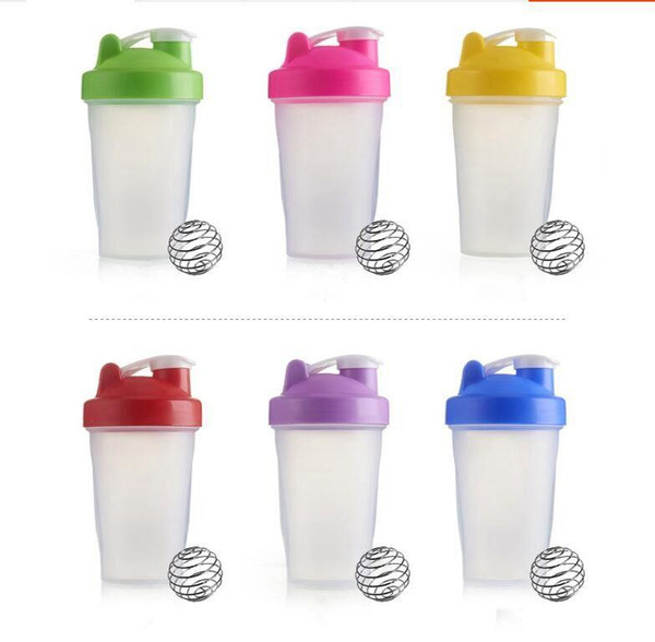top popular Sports bottle Shaker Mixer Bottle Plastic Shaker bottle Sports Fitness Leakproof Shaker water Bottles Portable Outdoor Athlete Cups TLZYQ826 2021