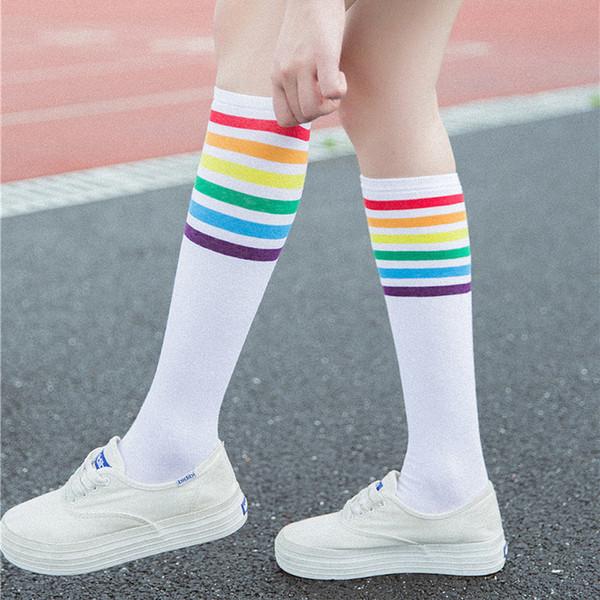 Çorap yüksek kalite Diz Üzerinde Uyluk Yüksek Çorap Gökkuşağı Şerit Kızlar uzun çorap kadın diz üzerinde şerit 2019 Yeni Varış