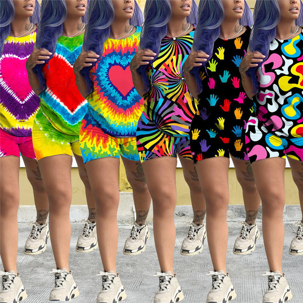 Verão Mulheres Shorts Outfit Tie-Dye Grande Coração Impressão Treino Manga Curta Camiseta Tops + Shorts 2 PCS Conjunto Casual T-shirt Terno Roupas S-2XL