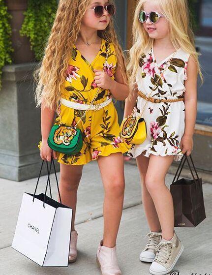 Nueva moda para niños niña monos florales Cruz con cuello en v sin mangas pétalo dobladillo mono Verano 2T 3T 4T 5T 6T Europeo Amarillo blanco