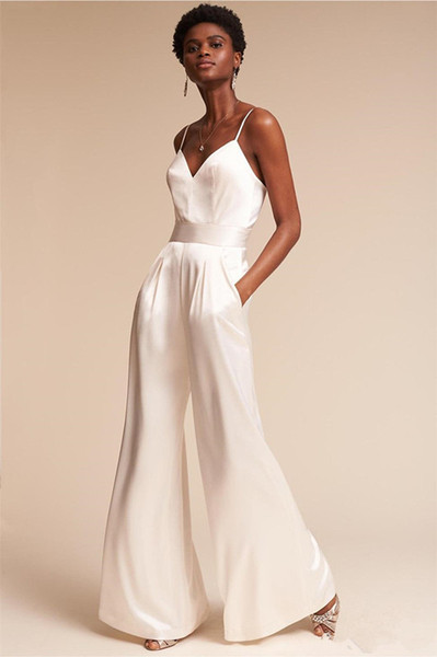 Wedding Dresses Jumpsuit 2019 Summer with Pockets ad Spaghetti Neck Dramatic Beach Wedding Ceremony Dress with Zipper Back Bridal Gowns