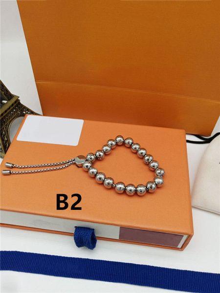 B2, avec la boîte
