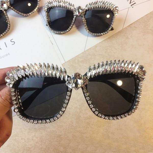 Brand Luxury Cat Eye Sunglasses Women Diamond Crystal Rhinestone Sun Glasses UV400 Shades Cateye Oculos De Sol Gafas Feminino