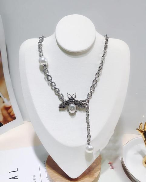 Südkoreas Dongdaemun mit der Kette aus Perlen, kleinen Bienen, dicker Kette, verstellbarer Schlüsselbeinkette, weiblichen Accessoires