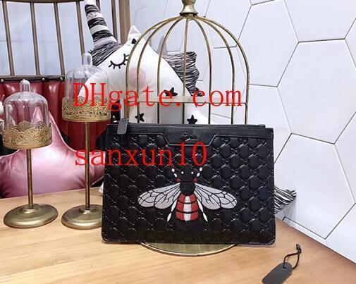 Women's Wallet Large Capacity Leather Individual Embossing Applique bee Decoration Clutch Bags