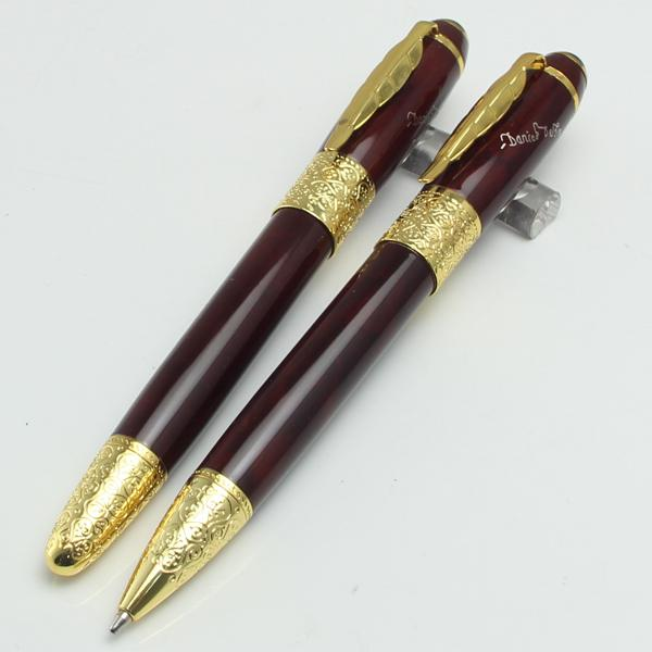 Luxury Unique Rollerball pen with leaf Clip Elegant office school Stationery Executivewine red and gold clip for Writing Pen