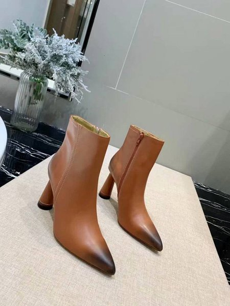 2019 Mulheres Nova Moda Botas de couro genuíno Salto Alto Botas Europa e América estilo de design original Shoes R9901