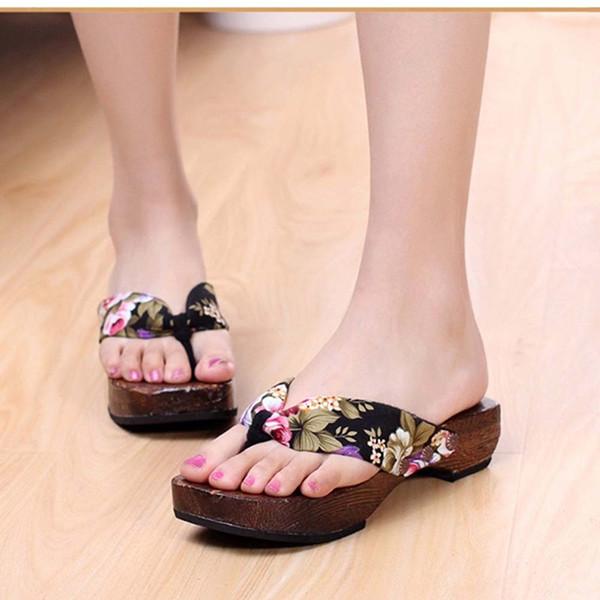 Sandalias de mujer 2019 Playa de verano Zapatos de plataforma Sandalias de madera para mujer Zuecos Zapatillas de madera Punta abierta Chanclas casuales Alta calidad