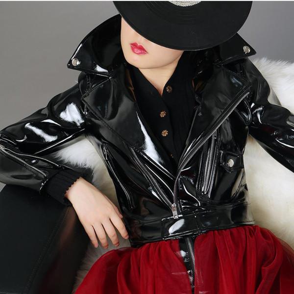 2019 Giubbotti moto BF GIACCA ROSSO NERO Primavera Autunno Nuovi cappotti corti in pelle verniciata Giacca in pelle PU a vita alta femminile
