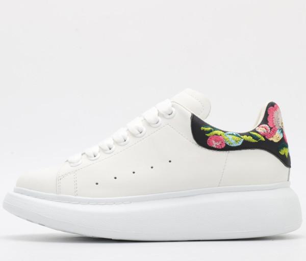 Zapatillas de deporte unisex de alta gama zapatos casuales salvajes zapatos de suela gruesa zapatillas de diseñador hermosas zapatos de diseñador de moda cómodos 35-46