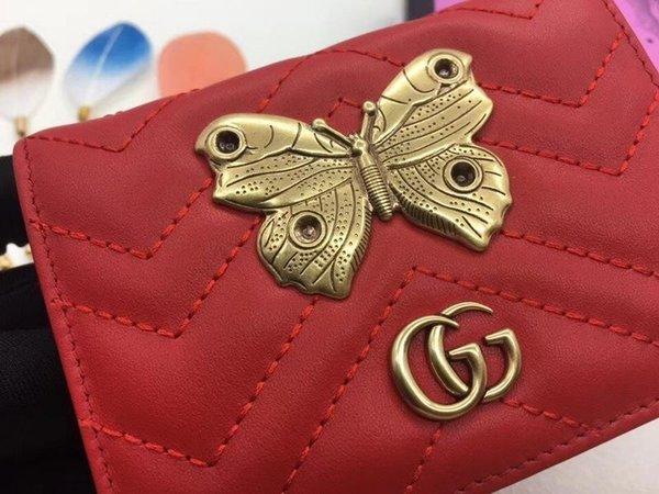 Top qualité luxe Celebrity Design Lettre Métal Boucle en forme de V-Wallet papillon Carte d'insecte Retour en cuir de vachette 466493 Bourse d'embrayage