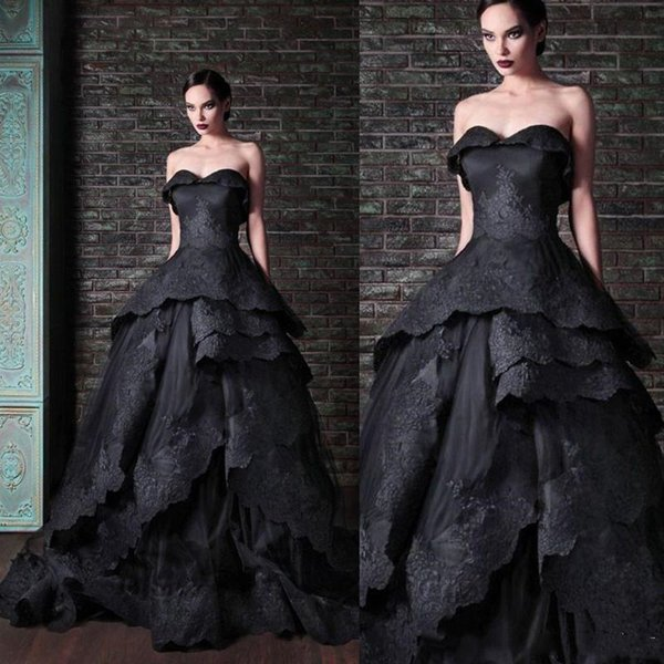 Gothic Black Ball Gown Wedding Dresses New 2019 Sweetheart Strapless Tiers Lace Applique Vintage Victorian Corset Bridal Gowns Wedding Dress