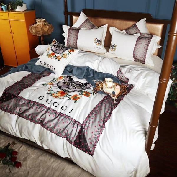 Kedi Nakış Tasarım Yatak Takım Elbise Sac Yastık Yatak Örtüsü 4 ADET Setleri En Kaliteli Tüm Pamuk Dantel Yorgan Kapak