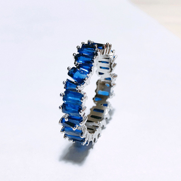 Платиновый Голубой бриллиант