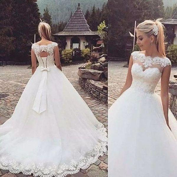 Romântico Cap Mangas Lace Appliqued vestido de Baile Vestidos De Casamento Tripulação Decote Bow Voltar Vestido De Noiva Plus Size Vestidos De Novia AL2230