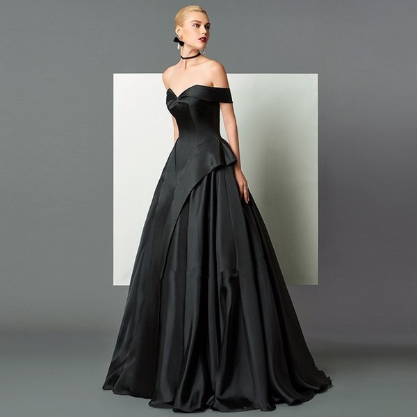 Abiti Da Cerimonia 2018 On Line.Acquista 2018 Elegant Black Satin A Line Abiti Da Sera Su Misura