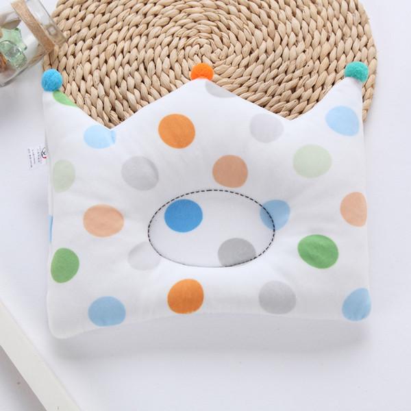 Newborn Baby Shaping Pillow Cute Print Cotton Bedding Pillow Prevent Flat Head Kids Room Decoration Crown Shape Cushion