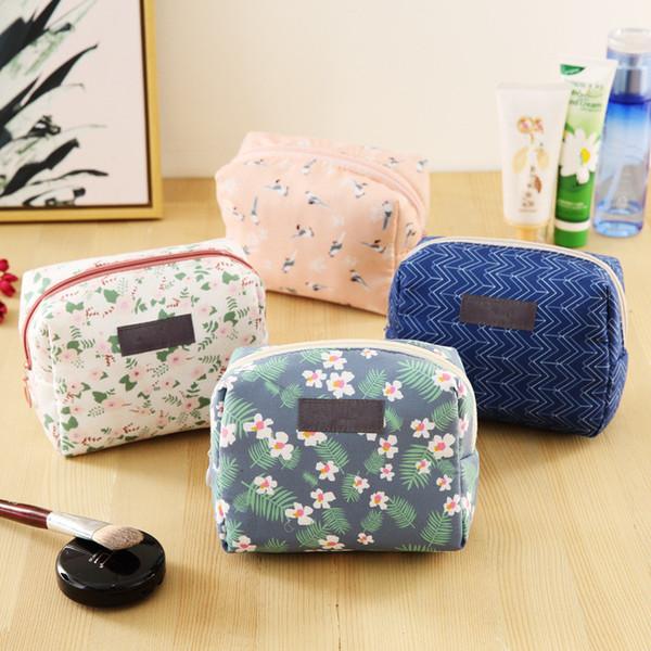 Doce Floral Cosmetic Bag Organizador de Viagem Portátil Bolsa de Beleza Kit De Higiene Pessoal Mini Bolsa de Maquiagem Bolsa Bolsa de Lavagem de Maquiagem