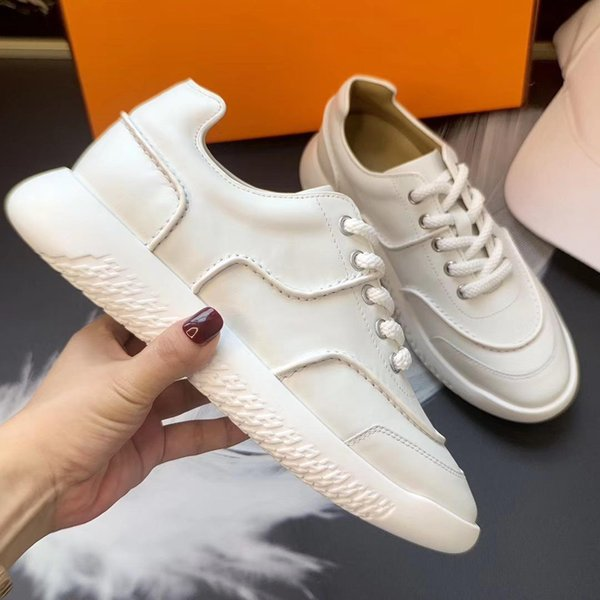 2019 spring and autumn thick soles leather small white shoes Korean version students with leisure sports shoes