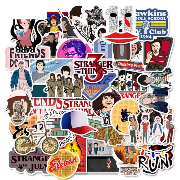 50 Adet / takım 50 Stranger Şeyler karikatür çıkartmalar kişiselleştirilmiş bavul gitar grafiti çıkartmalar çocuk oyuncakları D