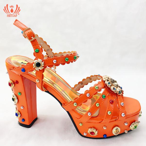 Sandalen Frauen Sommer Braut Auto Show Schuhe hochhackige 12,5 cm Dicke Unterseite Plattformen Quadratische Ferse Damen Schuhe 18 Typ 8 Farbe