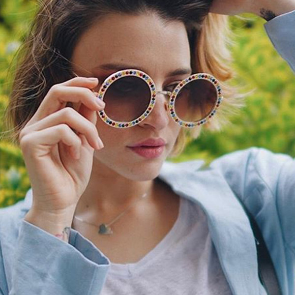 wholesale Vintage Round Sunglasses Luxury Women Diamond Retro Sun Glasses Crystal Fashion Sun Glasses Lady UV400 Eyewear Shades