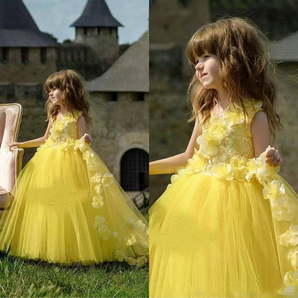 2019 Lace Flower Girl Dresses V Neck Floral Appliques Tulle Girls Pageant Dress New Kids Wedding Formal Gowns with Handmade Flowers