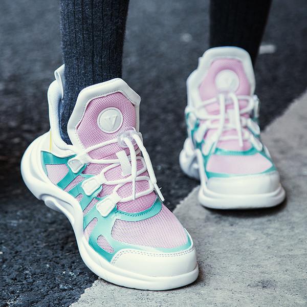 Girls'Leisure Спортивная обувь в том же стиле с трепетом весной 2019 года. Новый тип сетки воздухопроницаемой детской моды Бег модные туфли