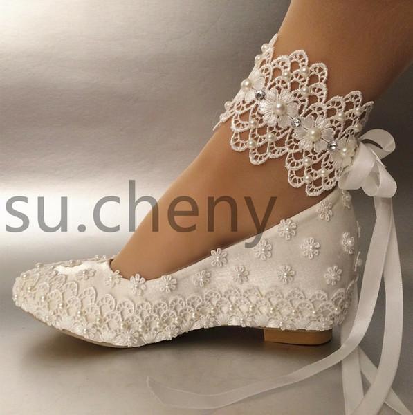 Beyaz Çiçek Düğün Ayakkabı Dantel Inci Yüksek Topuklu Tatlı Gelin Elbise Ayakkabı Boncuk Takozlar Ayakkabı 5 CM Kadın Pompaları