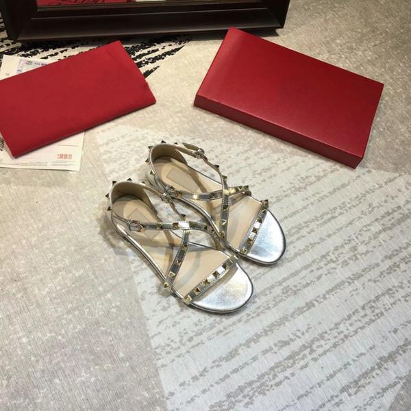Kadın tasarımcı sandalet ücretsiz shiping! Kadın Ayakkabı Tasarımcısı Terlik Perçin Slayt Bayanlar Moda Çivili Moda Sıcak Düz Alt Yeni Varış