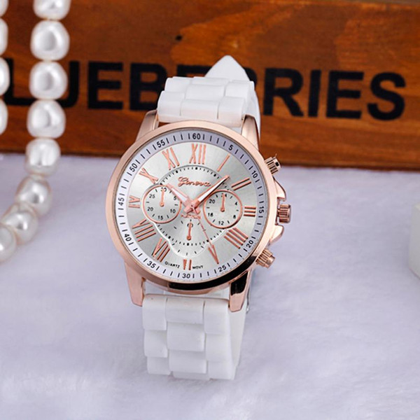 Fishtail Damen Casual Gold Von Crystal Frauen Montre Uhr Großhandel Marke Armbanduhr Stunden Uhren Susenstone Luxus Top Quarzuhr Silikon Geneva sdxQhCtr